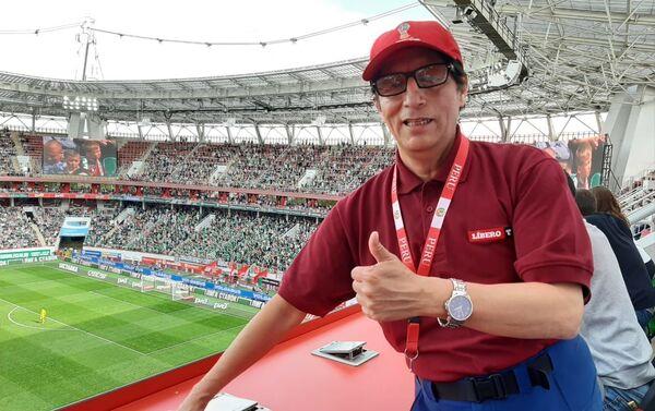 Lorenzo de Chosica, en su mesa de trabajo del palco de prensa, en el estadio RZD del FC Lokomotiv, última fecha - Sputnik Mundo
