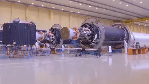 Roscosmos muestra dónde nacen los nuevos cohetes pesados rusos Angara - Sputnik Mundo