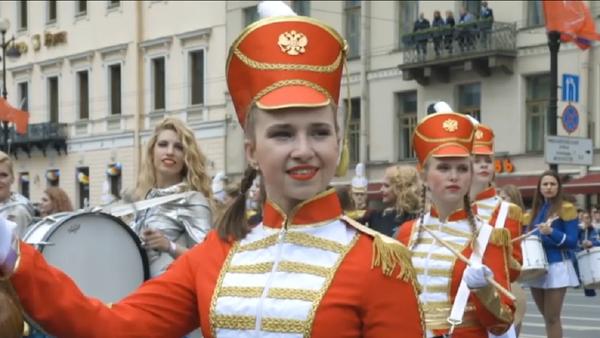 Más de 500 percusionistas rusos baten un récord mundial - Sputnik Mundo