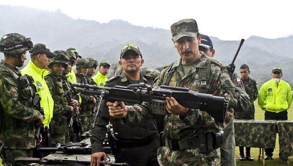 Comandante en jefe del Ejército de Colombia Nicacio Martínez Espinel - Sputnik Mundo
