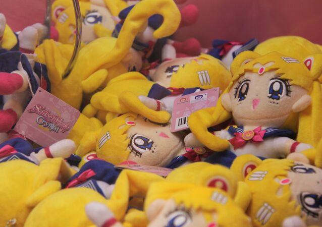 Peluches de Sailor Moon en una tienda de China