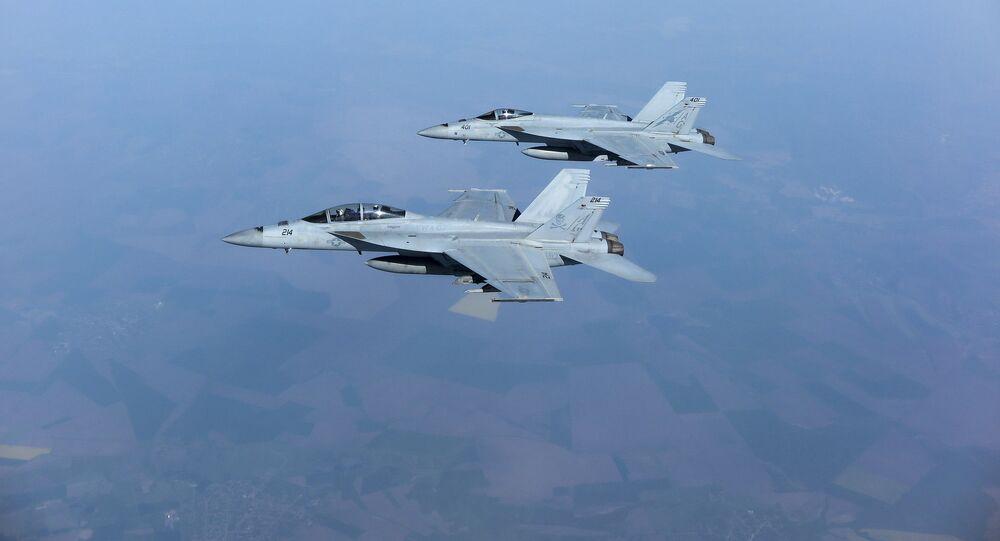 Dos F/A-18 Super Hornet (archivo)