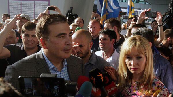 Expresidente georgiano Mijaíl Saakashvili llega a Ucrania - Sputnik Mundo