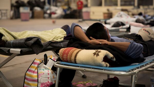 Un migrante mexicano - Sputnik Mundo