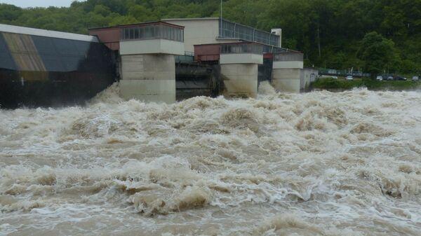 Una presa hidroeléctrica (imagen referencial) - Sputnik Mundo