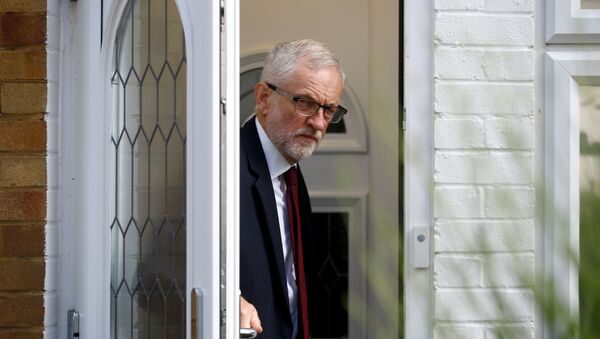 El líder de la oposición británica, Jeremy Corbyn - Sputnik Mundo