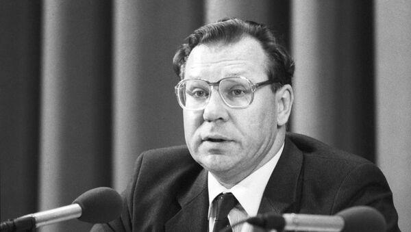 Valeri Legásov, científico soviético - Sputnik Mundo