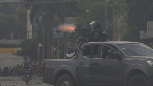 Protestas en Puerto Príncipe, Haití - Sputnik Mundo