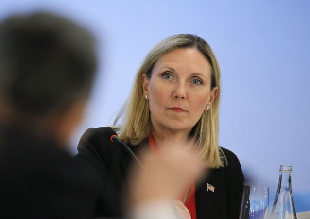 La subsecretaria de Estado de EEUU para Control de Armas y Seguridad Internacional, Andrea Thompson