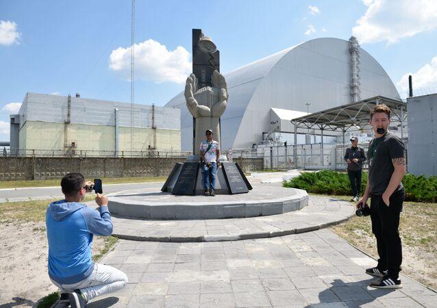 Una selfi desde Chernóbil: la zona de exclusión se convierte en un popular destino turístico