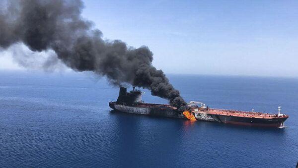 Uno de los petroleros atacados en el golfo de Omán el 13 de junio de 2019 - Sputnik Mundo