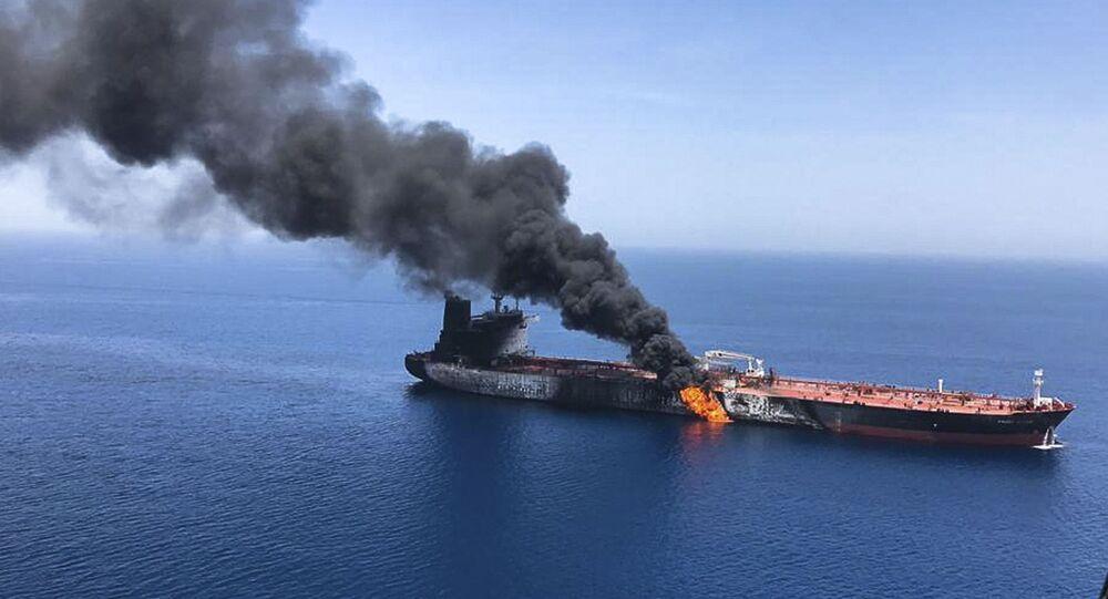 Uno de los petroleros atacados en el golfo de Omán el 13 de junio de 2019