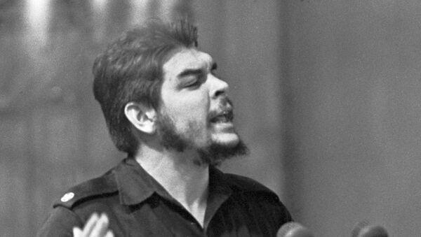 Ernesto 'Che' Guevara, revolucionario cubano-argentino - Sputnik Mundo
