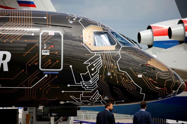 Aviación de vanguardia: se inaugura el salón aéreo en Le Bourget   - Sputnik Mundo