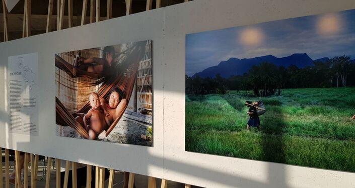Las fotos de tribus del Amazonas en Moscú