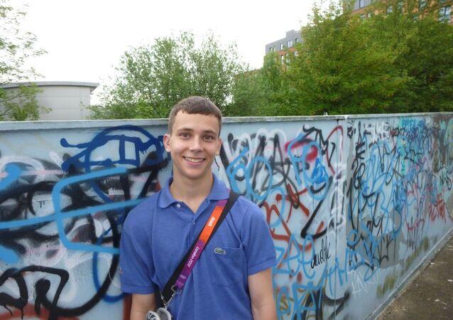 Alberto Fresneda unos dias antes de la tragedia en el callejón Billy Fury, Londres.
