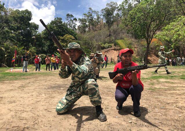 Entrenamientos del Método Táctico de Resistencia Revolucionaria