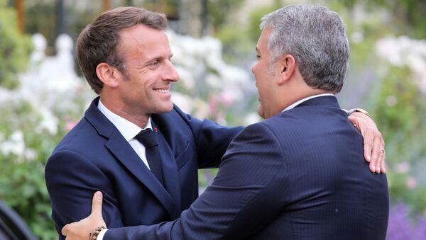 Emmanuel Macron, presidente de Francia, y Iván Duque, presidente de Colombia - Sputnik Mundo