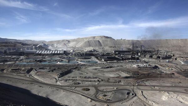 Mina de cobre a cielo abierto Chuquicamata, en el norte de Chile - Sputnik Mundo
