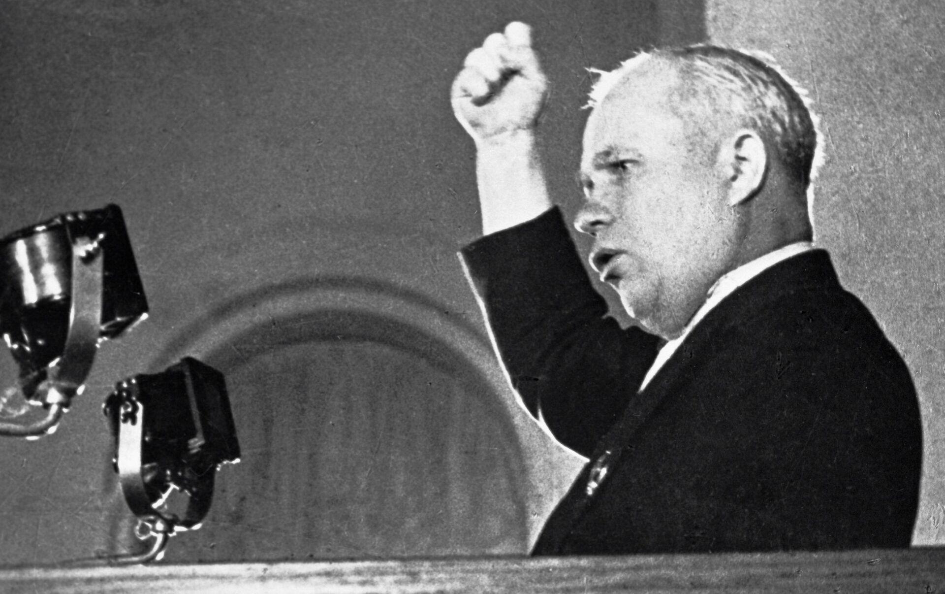 """La madre de Kuzma"""" y otras frases inolvidables de líderes soviéticos y  rusos (vídeos) - 24.06.2019, Sputnik Mundo"""