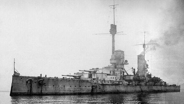 El acorazado Kronprinz Wilhelm en Scapa Flow - Sputnik Mundo