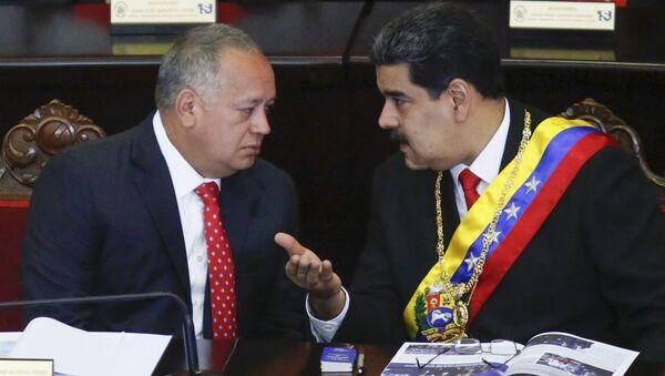 Diosdado Cabello, presidente de la Asamblea Nacional Constituyente de Venezuela, y Nicolás Maduro, presidente de Venezuela - Sputnik Mundo