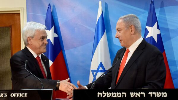 El presidente de Chile, Sebastián Piñera, junto al primer ministro de Israel, Benjamin Netanyahu - Sputnik Mundo