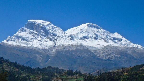 El macizo nevado Huascarán - Sputnik Mundo