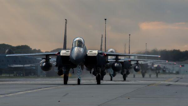 Un F-15E - Sputnik Mundo