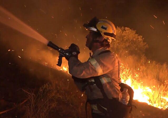Un incendio masivo quema 5.500 hectáreas en el sur de Cataluña