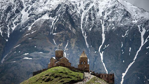 Osetia, un oasis de cristianismo en el Cáucaso Norte - Sputnik Mundo