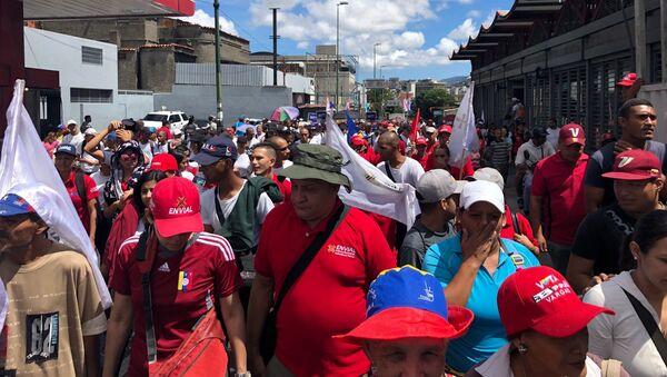 Marcha chavista durante el Día de la Independencia de Venezuela - Sputnik Mundo