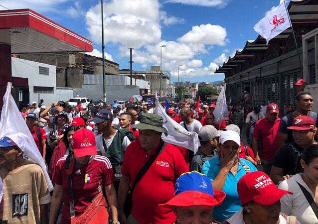Marcha chavista durante el Día de la Independencia de Venezuela
