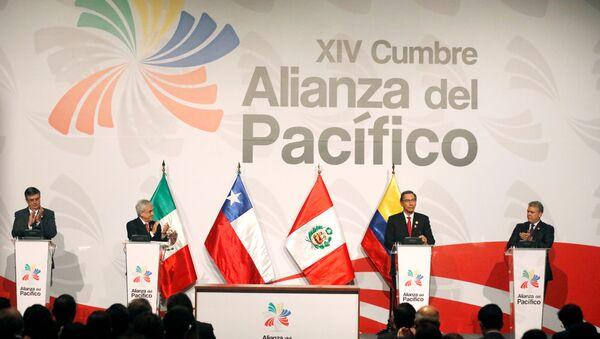 Canciller de  México, Marcelo Ebrard, presidente de Chile, Sebastian Piñera, presidente de Perú, Martín Vizcarra, y mandatario colombiano, Iván Duque, en la XIV Cumbre de la Alianza del Pacífico - Sputnik Mundo