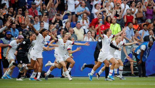 La selección de EEUU vence el Mundial de Fútbol Femenino 2019 - Sputnik Mundo