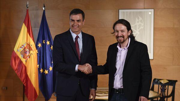 Pedro Sánchez, presidente del Gobierno de España en funciones, y Pablo Iglesias, líder de la coalición izquierdista Unidas Podemos - Sputnik Mundo