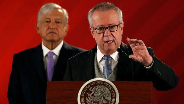 Carlos Urzúa, el exsecretario de Hacienda de México  - Sputnik Mundo
