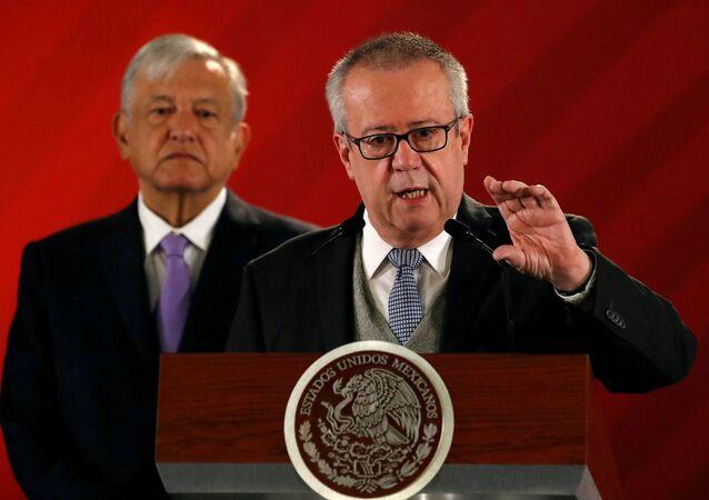 Carlos Urzúa, el exsecretario de Hacienda de México
