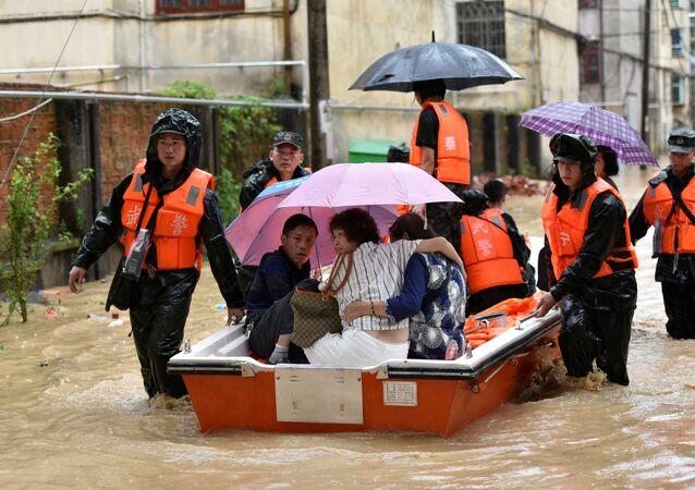 La evacuación en China por lluvias torrenciales
