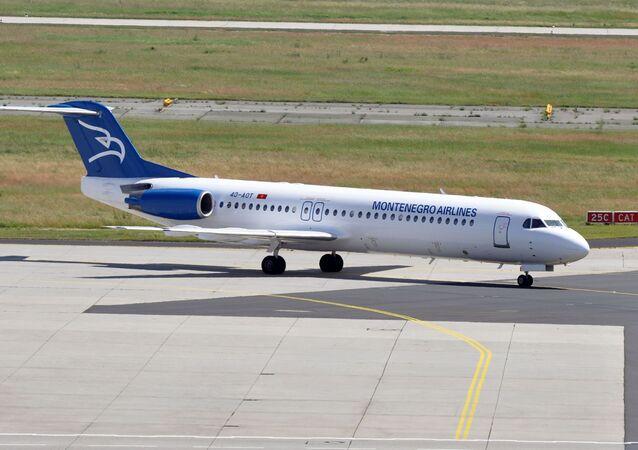 Un avión de la compañía aérea Montenegro Airlines (imagen referencial)