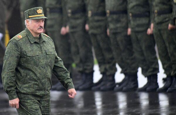 El primero y el único: 25 años de la presidencia de Lukashenko en Bielorrusia  - Sputnik Mundo