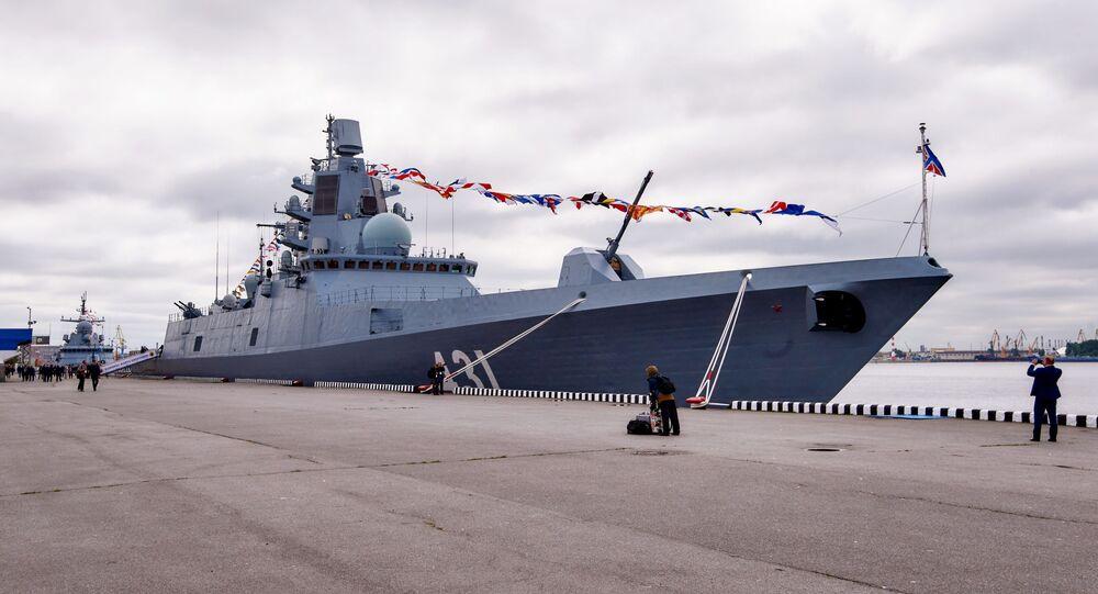 La fragata Almirante Kasatonov