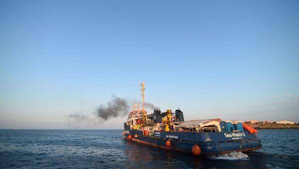 La embarcación alemana Sea-Watch 3 - Sputnik Mundo