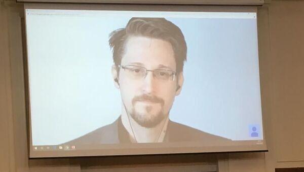 Snowden participa en la conferencia sobre derechos digitales en Londres, Reino Unido - Sputnik Mundo