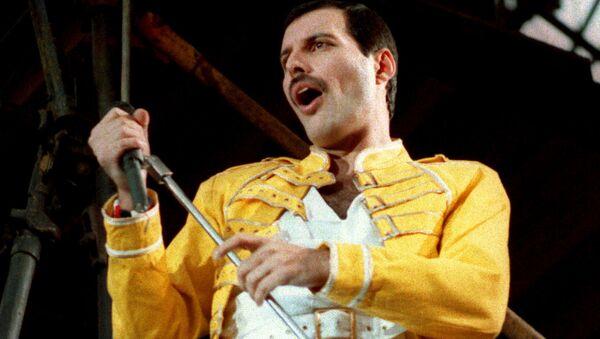 Freddie Mercury, líder del grupo de rock Queen - Sputnik Mundo