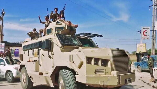 Los militares en Trípoli, Líbia - Sputnik Mundo