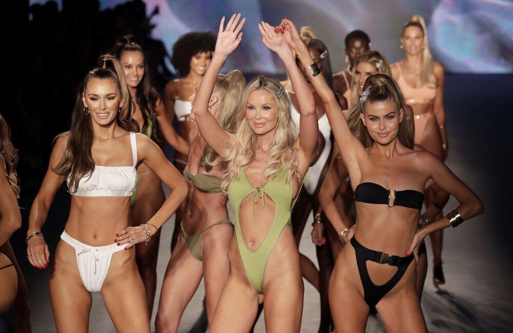 Los bikinis no entienden de tallas en la Semana de la moda de Miami