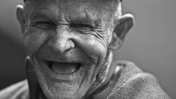 Un anciano (imagen referencial) - Sputnik Mundo