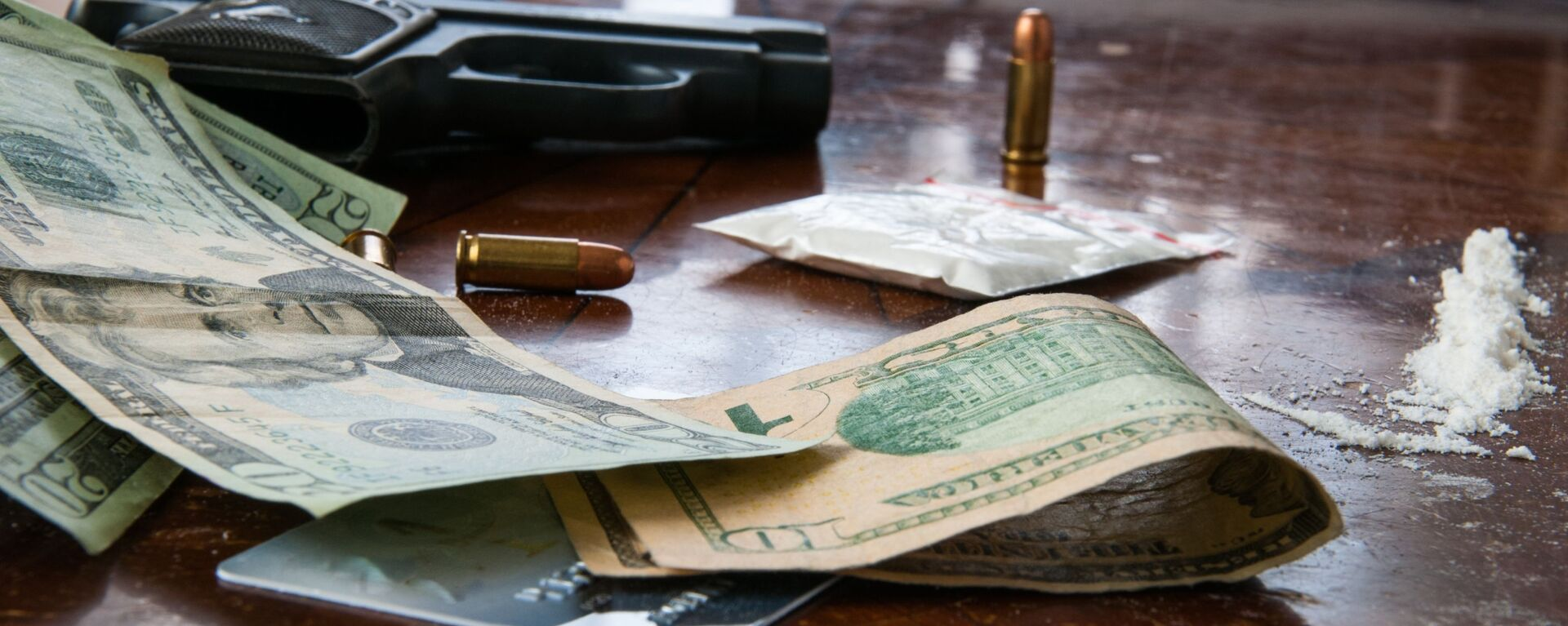 Cocaína, dólares y balas - Sputnik Mundo, 1920, 15.07.2019