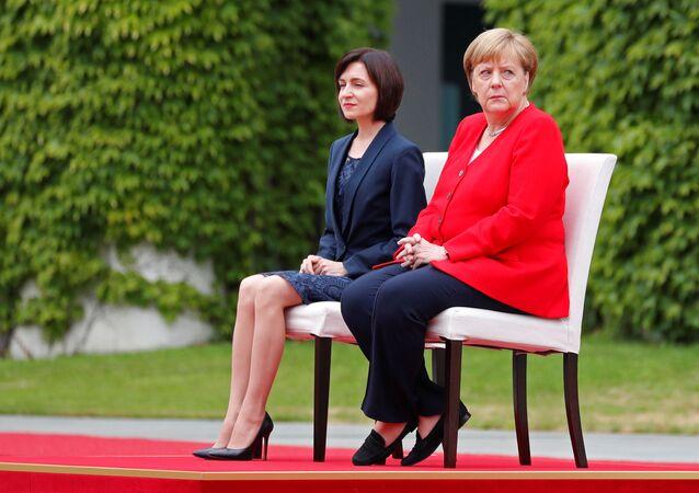 La canciller alemana, Angela Merkel, y la primer ministra de Moldavia, Maia Sandu